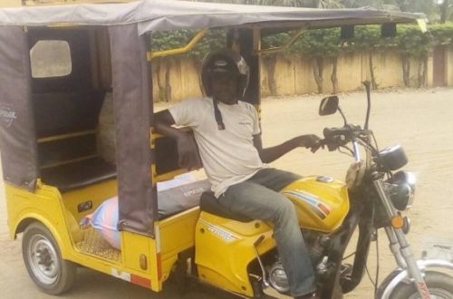 Article : Portrait – Salifou, le conducteur de tricycle